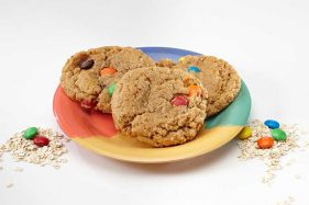 monster_oatmeal-009-with_oats-m&m